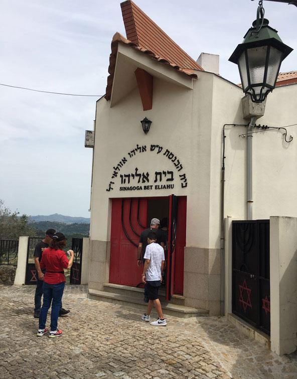 בית הכנסת בבלמונטה נבנה בשנת 1996 לקהילת האנוסים שגויירה וחזרה ליהדות