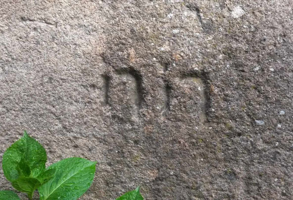 """כתובת על קיר בית """"נוצרים חדשים"""" בטראנקוסו"""