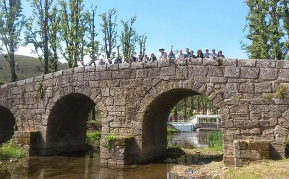 גשר דרכו נכנסו מגורשי ספרד לפורטוגל, בעיירת הגבול פורטאז'ם