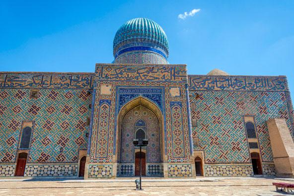 המאוזולאום של אחמט יסאווי בטורקיסטן
