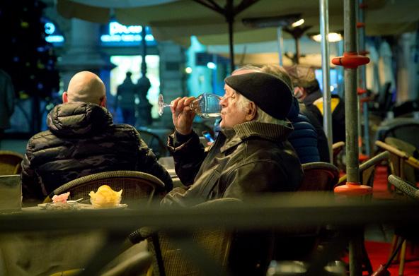 לצד האוכל המצוין, בוורונה יש גם הרבה ברי יין שבהם אפשר ליהנות מהיין המקומי המעולה