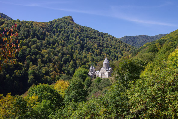 מנופי ארמניה המפעימים