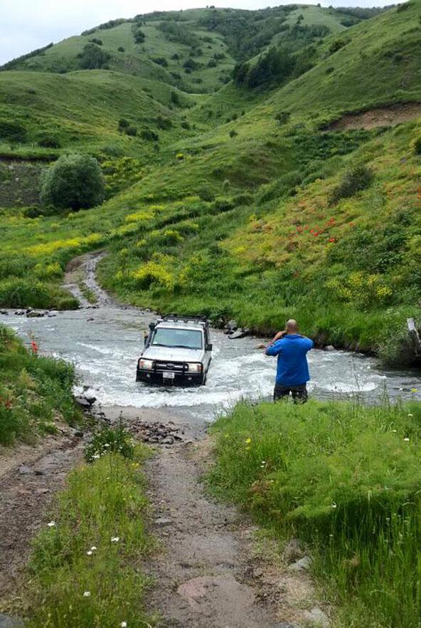 כדי להגיע לפינות היפות ביותר של ארמניה צריך לטייל ברחבי שטח