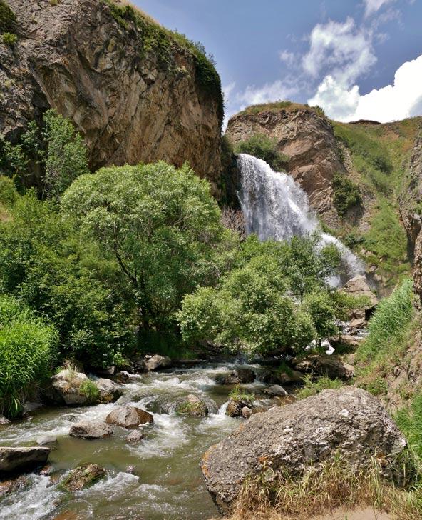 מפל הציפורים – צפון מערב ארמניה | צילום: עומר בריקמן