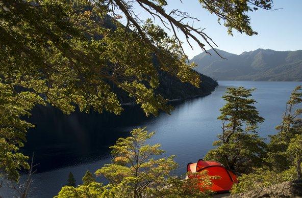 בפטגוניה אפשר לעשות קמפינג כמעט בכל מקום, כך שאם רק תרצו תוכלו להתעורר מול נוף מדהים