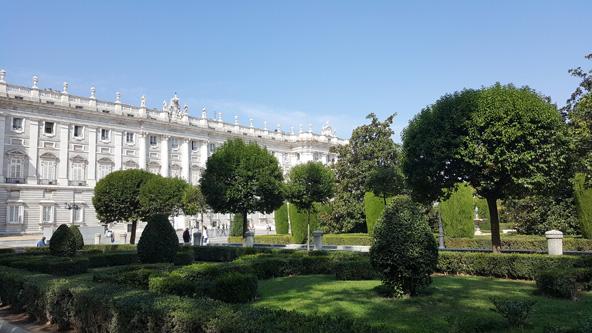 מדריד המלכותית מציגה מבנים ארכיטקטוניים מרשימים