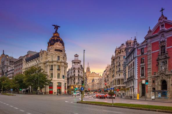 יפהפייה, חושנית וסוחפת: הולה, מדריד