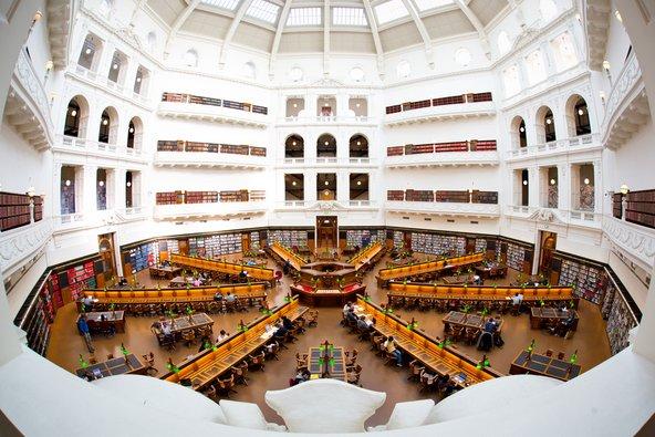 חדר הקריאה בספריית מדינת ויקטוריה, מהגדולות באוסטרליה | צילום: Neale Cousland / Shutterstock.com