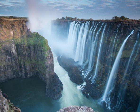 תצפית על מפלי ויקטוריה מזמביה