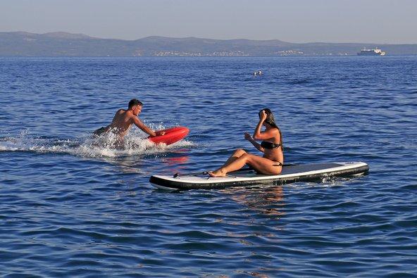 ספורט ימי בחוף Znjan | צילום: shufu photoexperience / Shutterstock.com