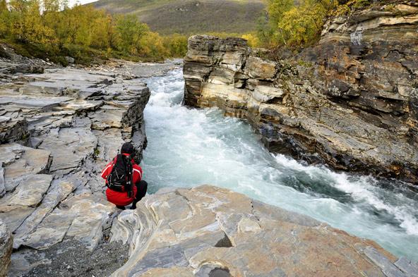 הפארק הלאומי אביסקו בצפון שוודיה. להתחבר אל הטבע הצפוני