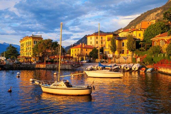 הנמל של כפר הדייגים ורנה