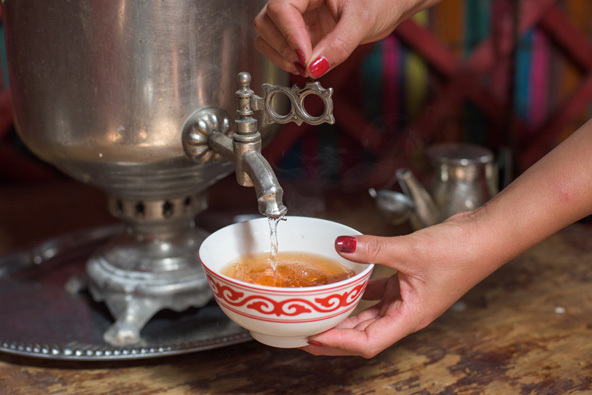 הקירגיזים אומרים שהם שותים יותר ממאה כוסות תה ביום...