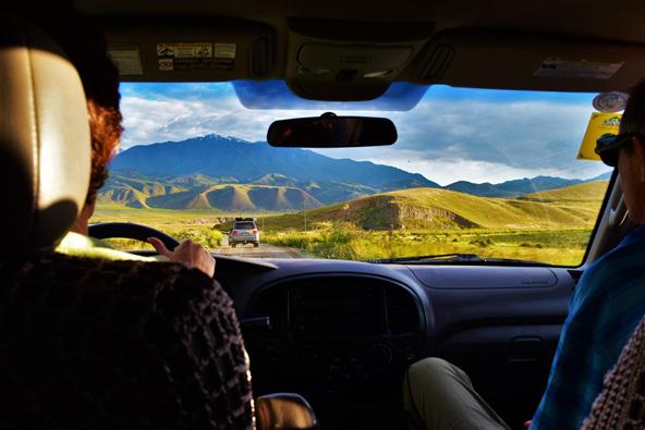ג'יפ זו הדרך הטובה ביותר להתנייד ולצלוח את מעברי ההרים המדהימים