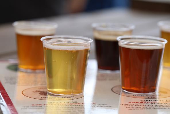 בירה מרושעת או חיטה מחוצפת? טעימות בירה בביר גארדן של מבשלת שריגים