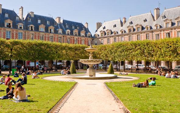פלאס דה ווז', הכיכר העתיקה ביותר בפריז