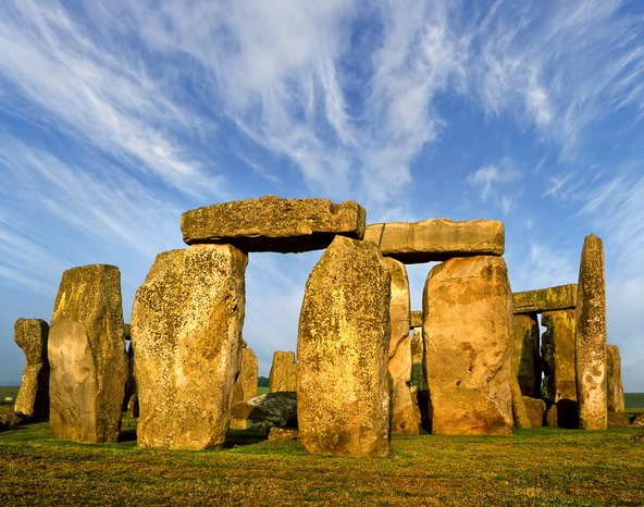 מעגל האבנים סטונהנג', מאתרי העתיקות המפורסמים בעולם