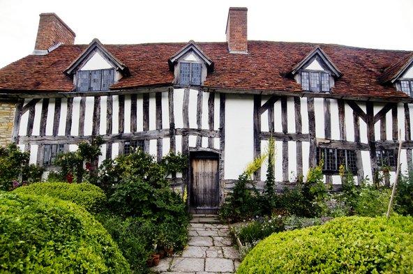 בית אמו של שייקספיר בסטרטפורד על האבון