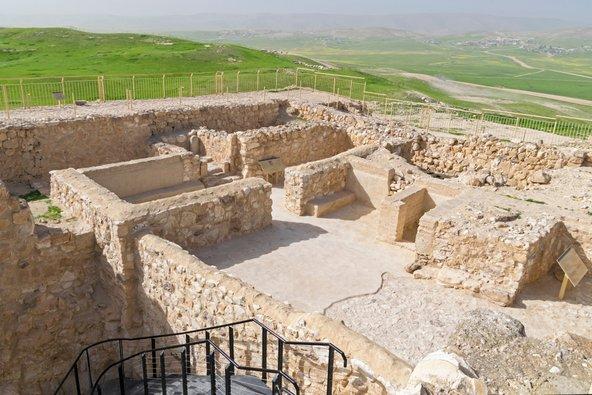 שרידי המקדש בתל ערד | צילום: שאטרסטוק