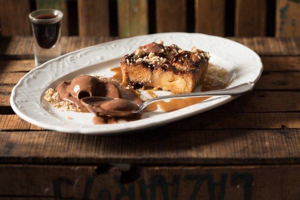 קינוח של ברד פודינג במסעדת גוז' ודניאל | צילום: דניאל לילה