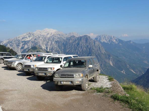 השיא באלבניה: נסיעה בדרך ג'יפים מאתגרת, שעוברת בנופים הדרמטיים של האלפים הדינריים | צילום: דורון הרי