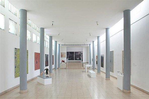 תערוכה במשכן לאמנויות בעין חרוד | צילום: MuseumEinHarod , CC BY-SA 3.0