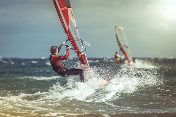 גלישת רוח בחוף אלמדאנו, החוף הטוב ביותר בטנריף לגלישה