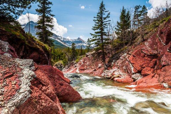 הפארק הלאומי אגמי ווטרטון, נקודת הפתיחה של שביל קו פרשת המים הגדול בקנדה | צילומים: שאטרסטוק