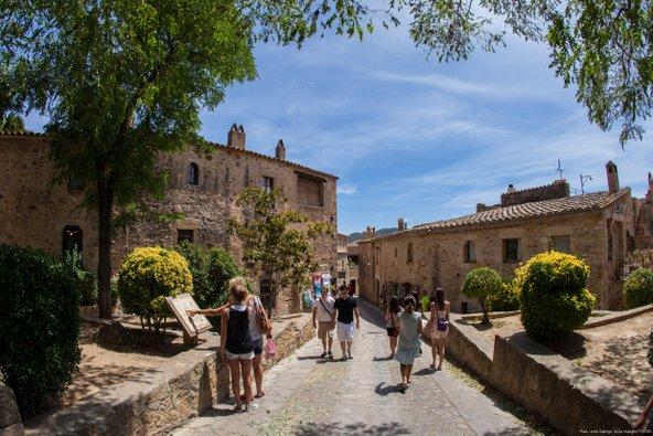 בסמטאות הכפר פאלס | צילום: Jordi Gallego_Patronat de Turisme Costa Brava Girona