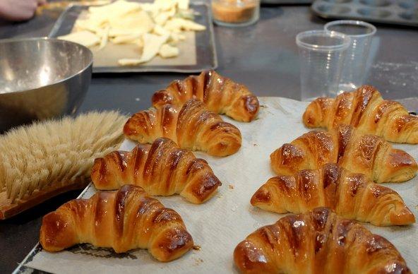 סדנת אפיית קרואסונים ב-La Cuisine Paris | צילום: באדיבות La Cuisine Paris