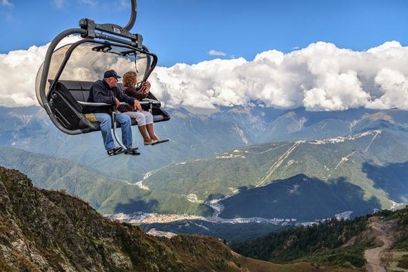 רכבל בקרנסניה פוליאנה. נופים מהסוג שרואים בשווייץ