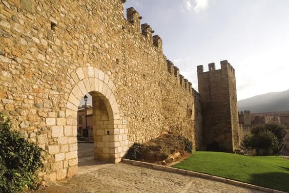 החומה במונטבלאנק   צילום: Miguel Raurich_Agència Catalana de Turisme