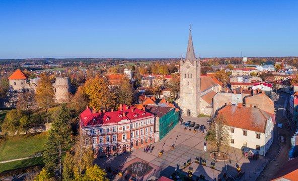 העיר העתיקה של צסיס, מהרומנטיות בלטביה