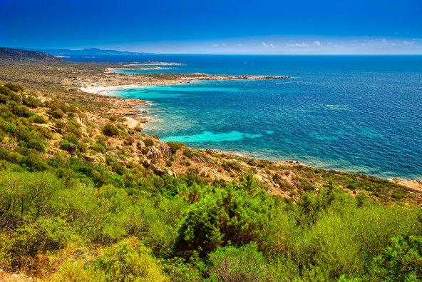 קורסיקה. שילוב מנצח של חופים וטבע