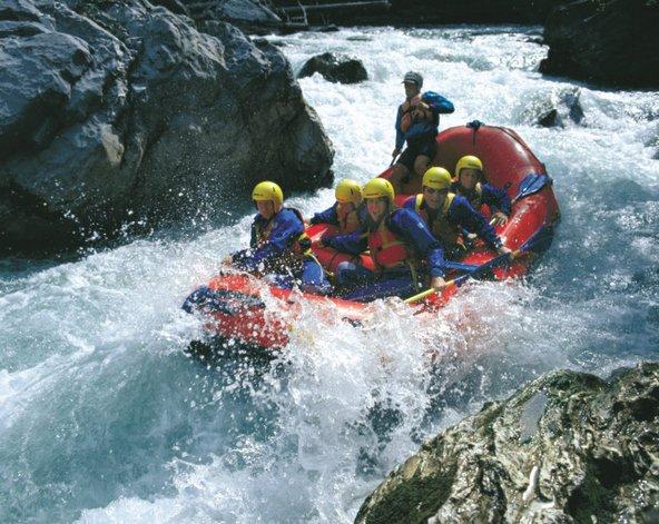הנהרות הרבים של שווייץ מזמינים לרפטינג מסעיר | צילום: Switzerland Tourism
