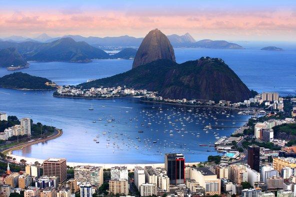 עם כזה מיקום בין הרים לים, זה לא מפתיע שריו היא אחת הערים היפות בעולם