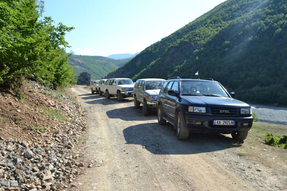 טיול ג'יפים באלבניה, צילום דורון הרי