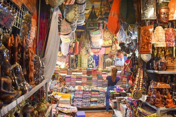 עבודות יד בשוק של סיאם ריפ