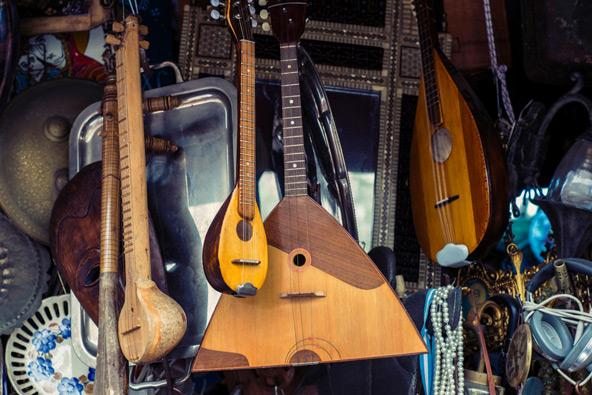 דוכן בשוק הפשפשים במונטאסטיראקי, אתונה