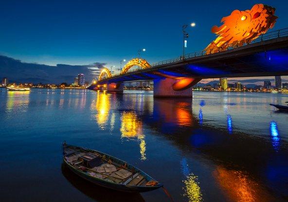 גשר בעיר הנמל הגדולה דאנאנג