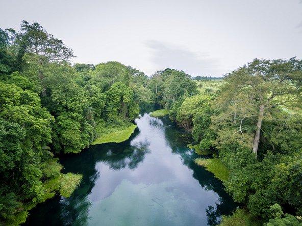 למרות שבקונגו יש תנאים מצוינים לתיירות אקולוגית, אזורים מסוימים אינם בטוחים לטיול