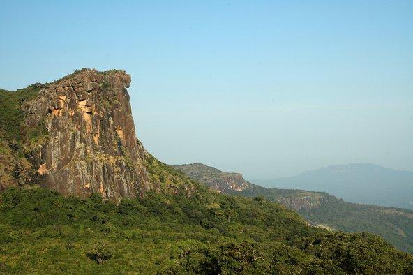 נופים דרמטיים בהרי Foutah Djallon