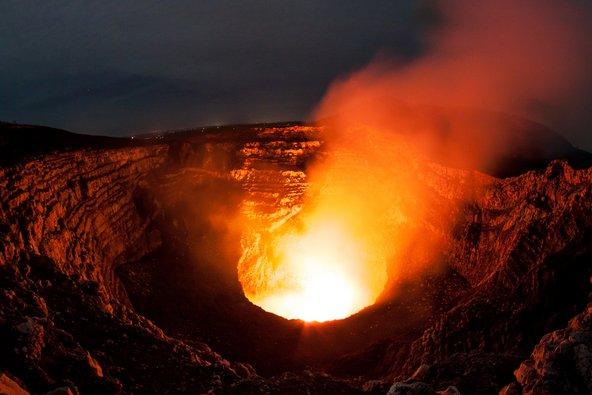 הלוע המעשן של הר הגעש מסאיה