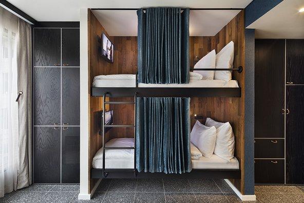 גם חדר עם מיטת קומתיים יכול להיות מפתה | צילום: אסף פינצ'וק