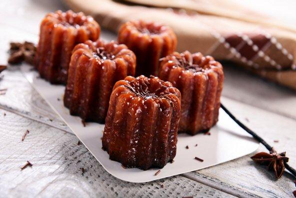 קנלה, עוגות קטנות האופייניות לבורדו