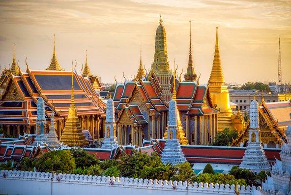ארמון המלך בבנגקוק, על צריחיו המוזהבים