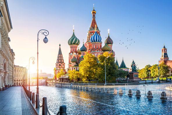 כנסיית וסילי הקדוש בכיכר האדומה במוסקבה   צילום: שאטרסטוק