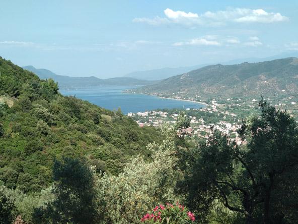 מנופי האי אוויה, השני בגודלו באיי יוון