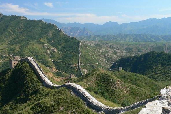 החומה האדירה נבנתה לאורך כ-2,000 שנה   צילום: Craig Nagy, flickr