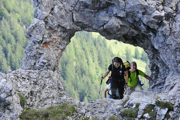 ליכטנשטיין היא אחת המדינות היחידות שאפשר להקיף את כולה בהליכה בימים ספורים